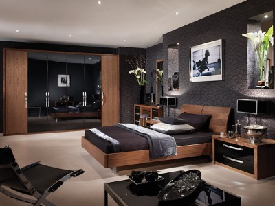Black-Gloss-Walnut-Full-Bedroom-768x5623